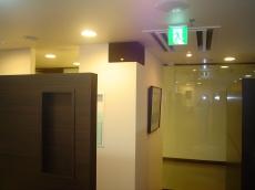 診療所例4通路